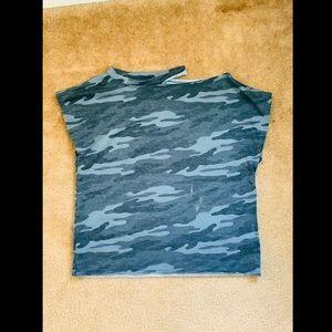 Camouflage short sleeve shirt